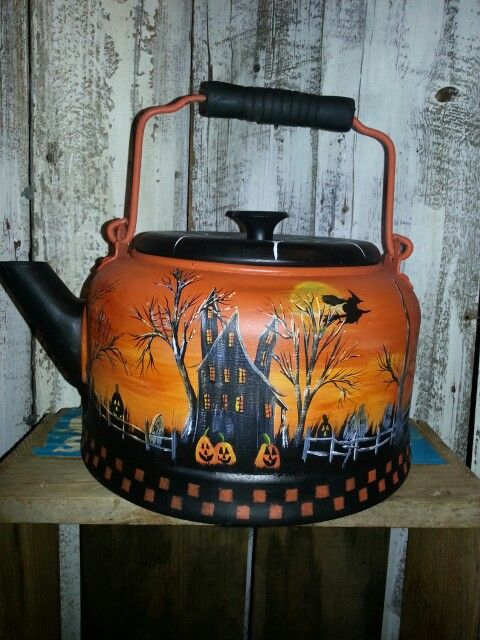 Hp Halloween tea pot.
