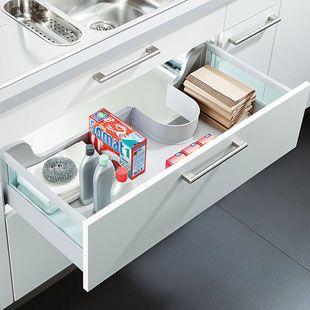 ber ideen zu sp lenschrank auf pinterest einen stall schm cken reparaturlackierung. Black Bedroom Furniture Sets. Home Design Ideas