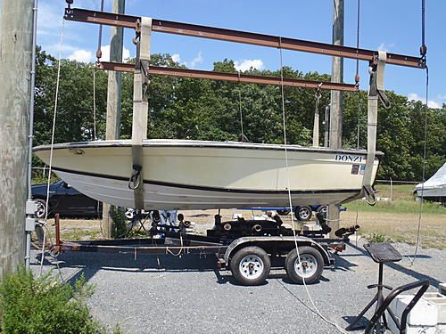 1967 Bench Seat Hornet 19 V-Drive Donzi. The Ultimate. V-drive prior to restoration. This is a Daytona Marine turbo charged boat