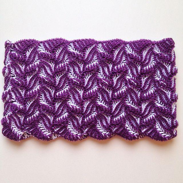 Ravelry: Damask Cowl pattern by Nancy Marchant