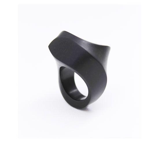 Yutake Minegishi | ebony ring