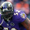Four players who are in their first year of eligibility -- Ray Lewis, Randy Moss, Steve Hutchinson and Brian Urlacher -- are among the 15 finalists for the Pro Football Hall of Fame.