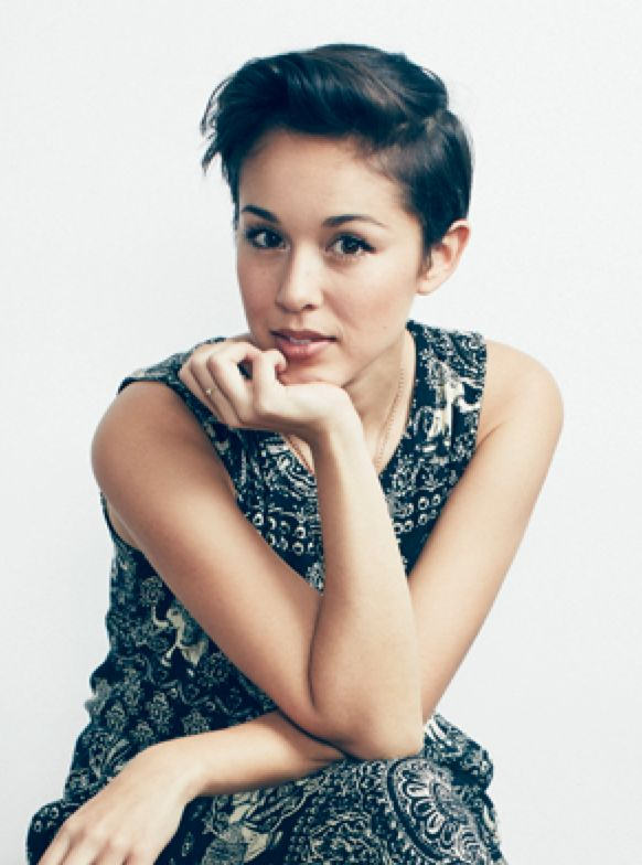 Another view of Kina Grannis' cut. http://verilymag.com/music-youtube-artist-kina-grannis-is-in-her-element/