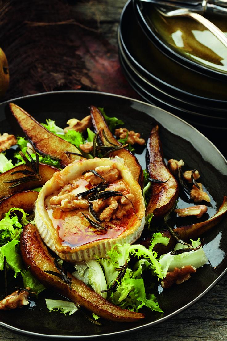 Pascale Naessensis de best verkopende culinaire schrijfster van Vlaanderen en dat is niet voor niets: haar boeken draaien om gezond eten, met heerlijke recepten die makkelijk te bereiden zijn. Goede voedselcombinaties en gezonde vetten eten, dat is de kookfilosofie van Pascale. Het is geen dieet, maar een manier van eten die je gezondheid ten goede […]