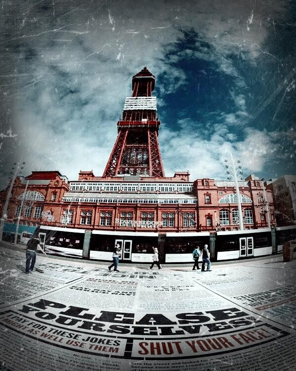 Blackpool pleasure beach becomes VAMPIRE PLEASURE BEACH this Halloween. We recommend a stay at the 4* Baron Hotel. (We also recommend taking garlic and wooden stakes. You know, just to be on the safe side).