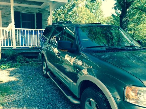 Used 2005 Ford Expedition for Sale ($5,500) at Norristown, PA