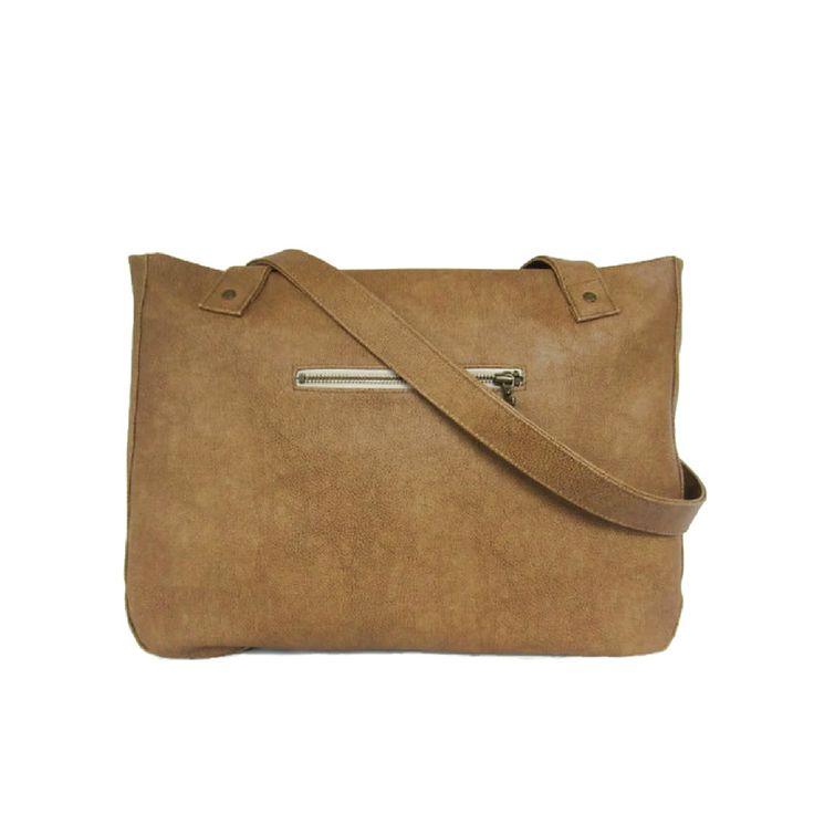 Shoulderbag camel #SS17 perfect PU leatherlook handmade in the Netherlands by Jolanda