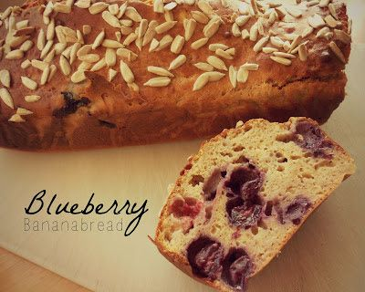 herbalgreeninfinitea: Recept: Blueberry Bananabread