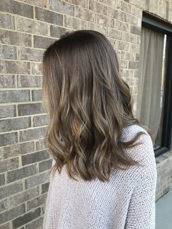 Sombre, the hair trend that replaces the ombre