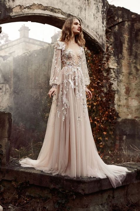 Best 25 fairy wedding dress ideas on pinterest fairy for Fairytale inspired wedding dresses