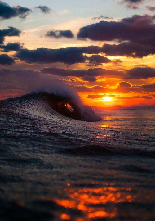 Sunset, ocean wave beauty.