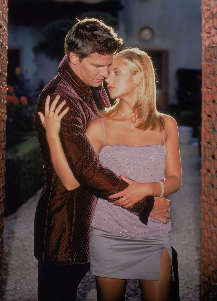 Buffy the Vampire Slayer - Season 3 Promo | Buffy, Sarah ...