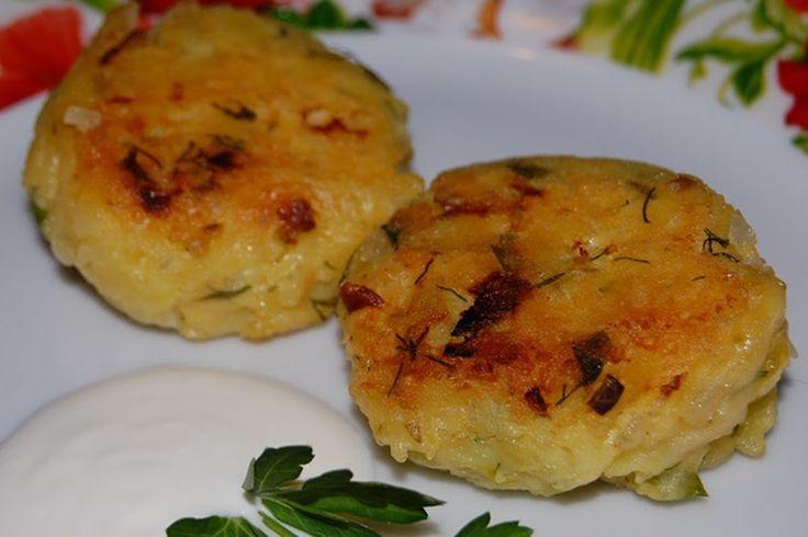 """""""Котлеты из картофеля с сыром"""" Потрясающая вкусняшка! Проще и вкуснее не придумать! Рецепт смотрите здесь >>> http://goo.gl/6OL4nB - Рузана Гречаная - Google+"""