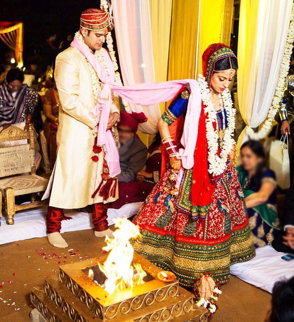 Indian Wedding Traditions: #Hindu #Wedding Rituals: Traditional & Fun-Filled