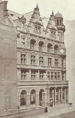 Evening Citizen newspaper offices, 24 St Vincent Place, c 1906