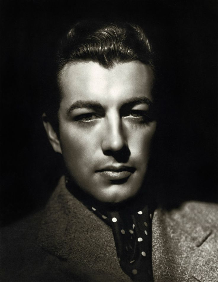Robert Taylor: movie actor from the 1930-1960s. Model for the hero??