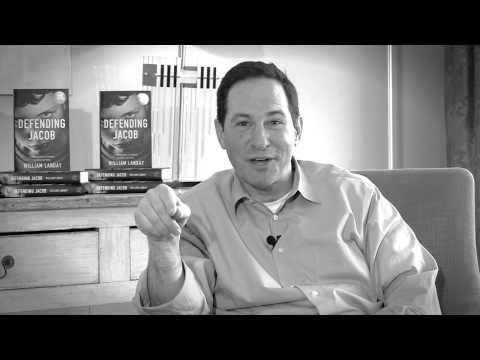 """Tercera pregunta de nuestra serie de vídeos de los seguidores/as preguntando al autor de """"Defender a Jacob"""", William Landay, el legal thriller para el verano ahora que lo hemos publicado en España, y que es éxito absoluto en su país de origen (USA) y en los países anglosajones. En este vídeo el autor contesta a la pregunta: """"¿Cuál es el mejor consejo que le darías a un escritor novel?""""."""