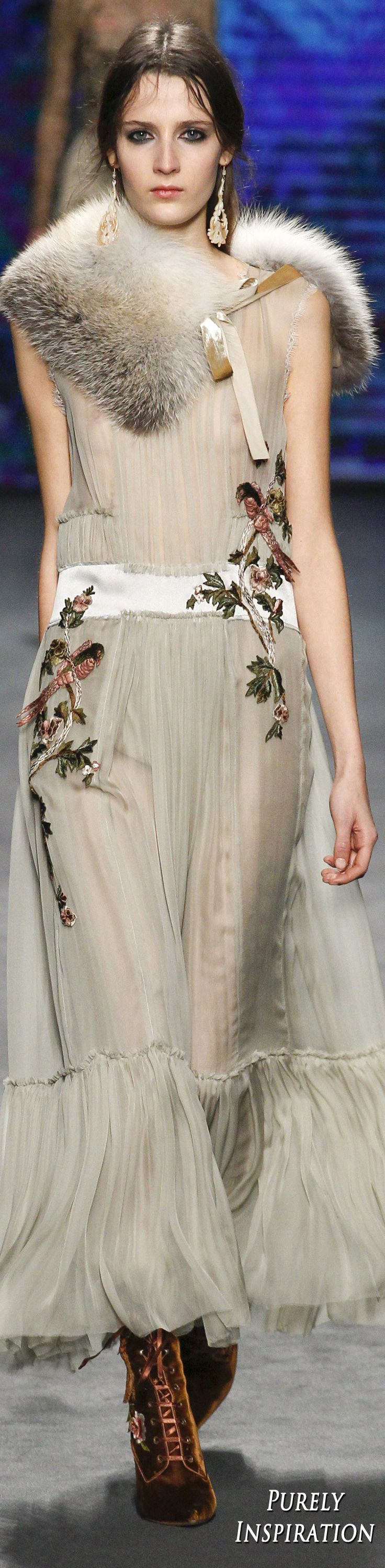 Alberta Ferretti FW2016 Women's Fashion RTW | Purely Inspiration
