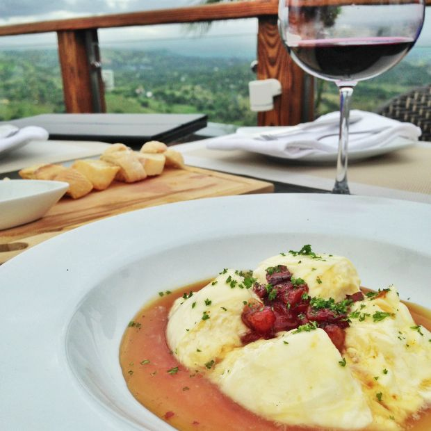 Fine dining with a view - Amazing Food and Travel Pics from the Dominican Republic