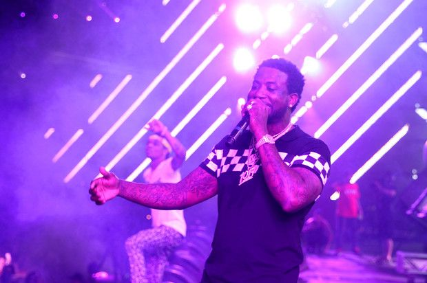 Watch Gucci Mane Bring Out Diddy, Lil Yachty & Rae Sremmurd At Coachella   Watch Gucci Mane perform his hits for a crowd that includes Travis Scott, The Weeknd, and more. http://www.hotnewhiphop.com/watch-gucci-mane-bring-out-diddy-lil-yachty-and-migos-at-coachella-news.31327.html  http://feedproxy.google.com/~r/realhotnewhiphop/~3/BRu-7ambvJ8/watch-gucci-mane-bring-out-diddy-lil-yachty-and-migos-at-coachella-news.31327.html   #DDCMusic