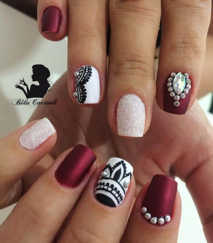 "182 Likes, 4 Comments -  Nails by Béla Cacineli  (@belacacineli) on Instagram: ""Nails da linda Carllene  Pedrarias @tata_customizacao_e_cia  www.tatacustomizaçãoecia.com.br"""