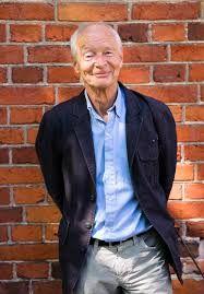 """Câştigătorul Premiului Memorial Astrid Lindgren în anul 2012,Guus Kuijer este un autor olandez ce scrie cărţi pentru copii şi tineri adulţi. În anul 2008 acesta a fost unul dintre cei cinci finalişti ai Premiului Internaţional Hans Christian Andersen. Kuijer este cunoscut pentru seria cărţilor pentru copii """"Madelief""""."""