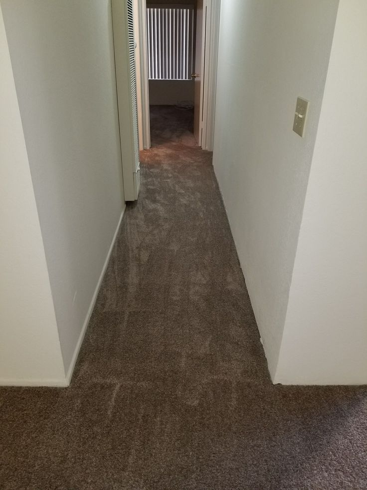 Before and after photos of a carpet installation in Huntington Beach. We installed the color called Fawns Leap in the hallway, bedrooms and living room. We have the color in stock and offer free estimates! #Flooring #Carpet #Installation #FreeEstimates #vsflooring #Homeowner #PropertyManagement #RealEstate #LA #LosAngelesCounty #OrangeCounty