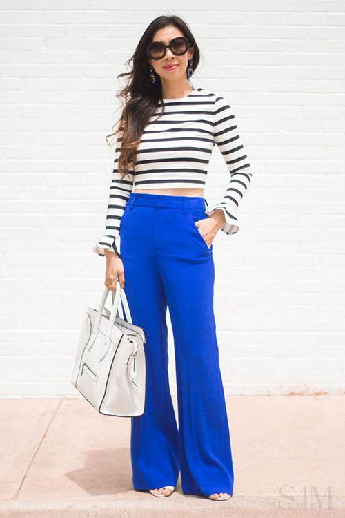 ¿Tienes un pantalón azul cobalto y te aburriste de combinarlo sólo con blusa blanca y zapatos negros?     No te preocupes!! Aquí te traigo ...