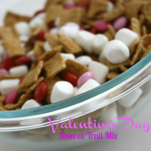 valentine's day treat smores trail mix