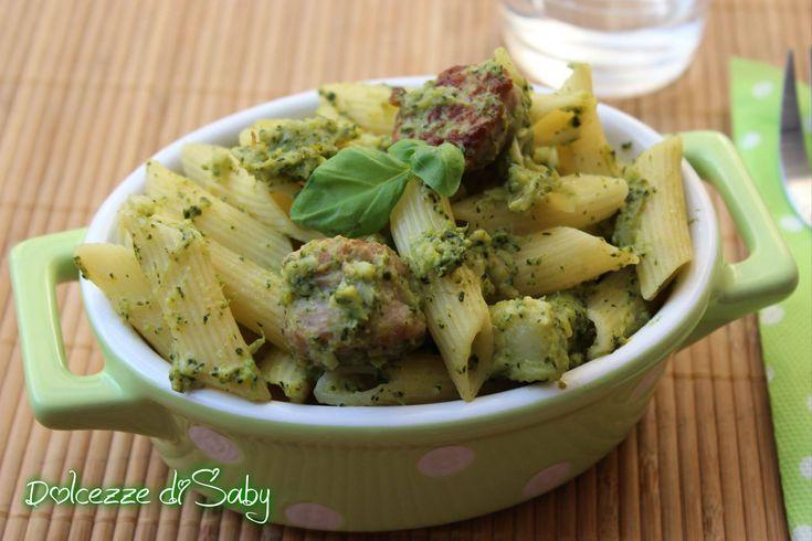Penne broccoli e salsiccia