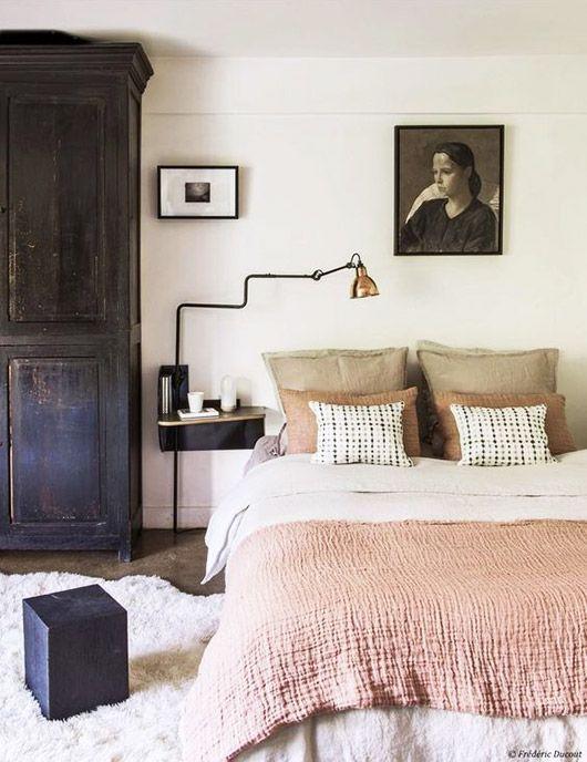 pink bedding.
