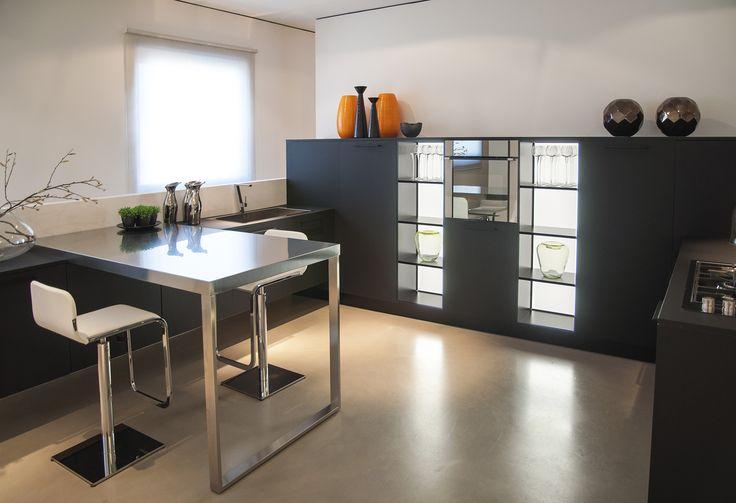 Armony - Italian kitchen design. www.armonycucine.it INTERIOR BACK LIGHT