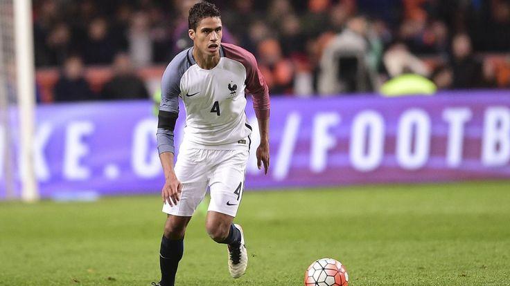 Equipe de France : Raphaël Varane ne progresse plus, et ça commence à se voir - Matches amicaux 2016 - Football - Eurosport