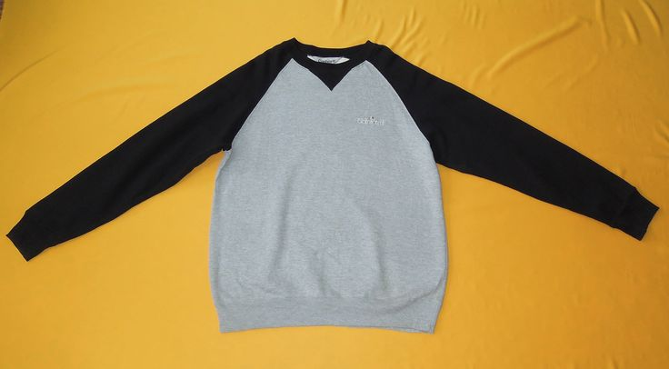 Carhartt Sweatshirt Vintage 90s Raglan Crew Neck Long Sleeves Sweater Gray by InPersona on Etsy