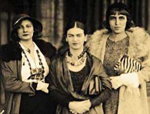 1930 San Francisco Frida Kahlo with sister Cristina Kahlo and Cristina Casati  Jack and Cristina Hastings meet Mexican painter Diego Rivera, who was exhibiting there, a meeting that was to change his life. 'I asked Rivera if he would accept me as one of his assistants. He agreed and the next day I began the routine of apprenticeship.' Jack worked for Rivera on some of his most important murals while Cristina became friends with Rivera's wife Frida Kahlo. They went to stay with them in…