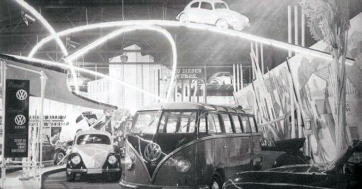 Stand de la VW en el salón del auto de Frankfurt. 1951