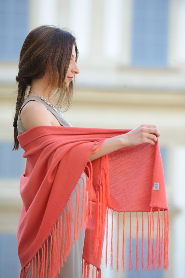 Discover the lightness of our shawls...for an unforgettable event! Visit our web site: shop.marinafinzi.com