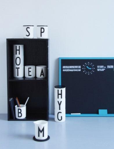 alphabet mugs, arne jacobsen font, nice.