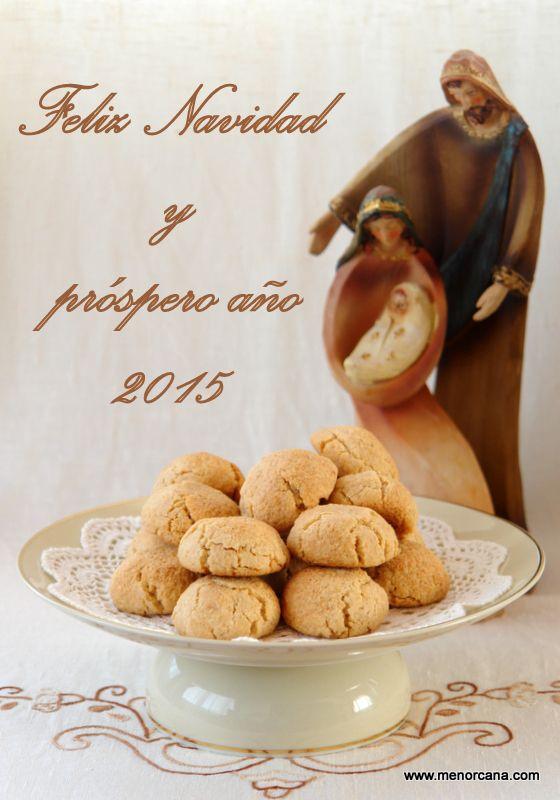 Los amargos son dulces típicos de Menorca con forma redonda y aplanada, elaborados con almendras molidas, azúcar, clara de huevo y usualmente aromatizados con ralladura de limón. Se cuecen ligerame...
