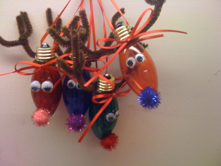Light bulb reindeer ornaments