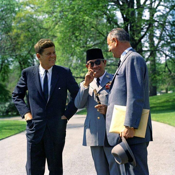 JFK n Soekarno n vice pres of jfk