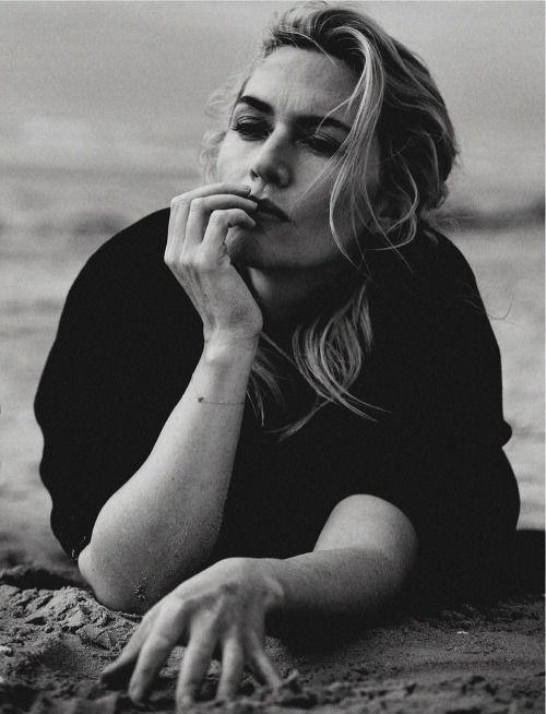 Kate Winslet by Peter Lindbergh for Vogue Italia November 2015