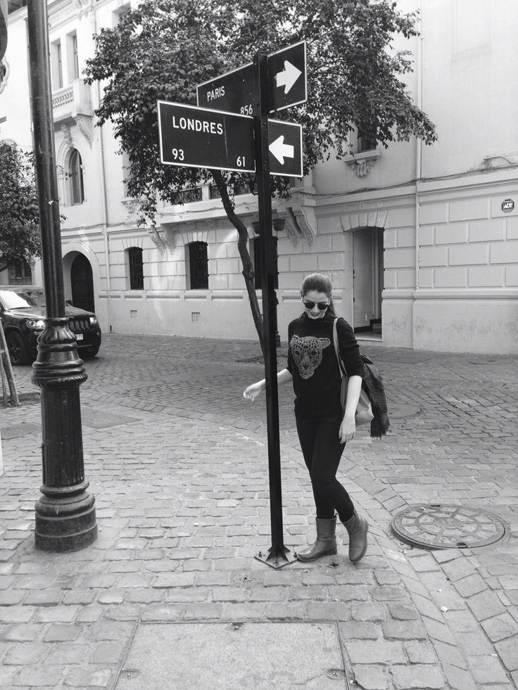 Paris-Londres, Santiago del Chile.