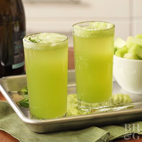 Looking for great drink ideas for St. Patrick's Day? From non-alcoholic to boozy beverages, sip on one of these 15 green drinks.