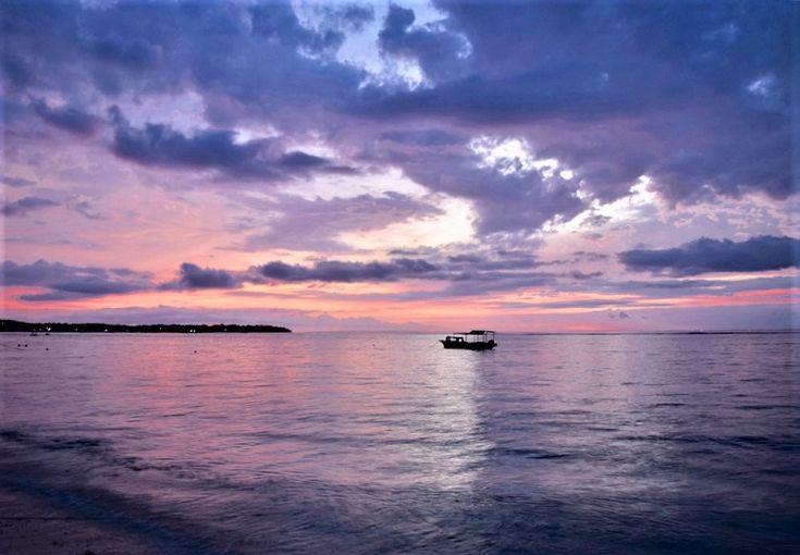 2 week bali itinerary - Sunset on Nusa Lembongan Bali Indonesia