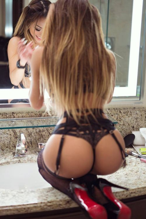 Littie girl nudist art photos