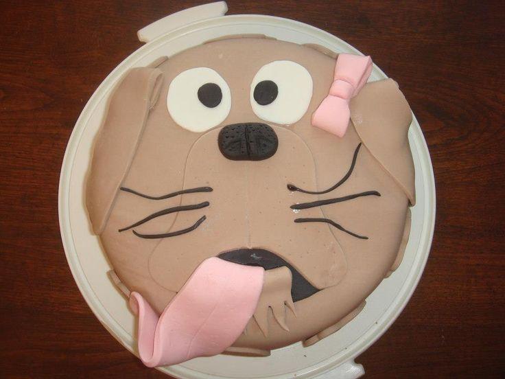 Koirakakku sokerimassasta