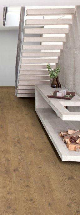 die 25 besten ideen zu fliesen holzoptik eiche auf pinterest laminat holzoptik treppen aus. Black Bedroom Furniture Sets. Home Design Ideas