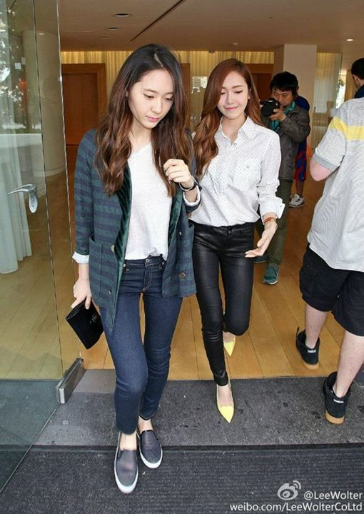 Krystal of f(x) and Jessica of SNSD | Airport Fashion