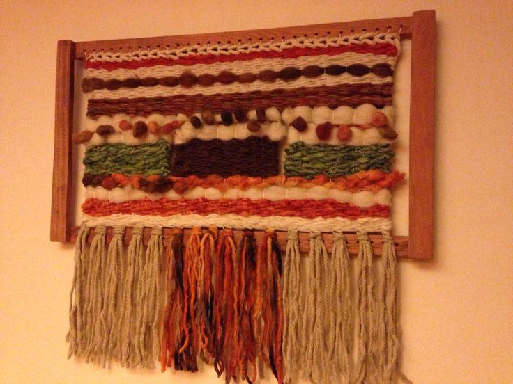 Telar enmarcado en alerce y lanas naturales En venta